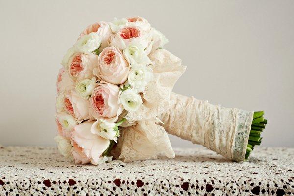 Alicia Keats JONETSU_SoniaAdam_bouquet