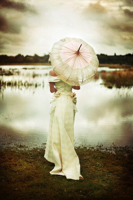 Alicia Keats Weddings and Events Parasol