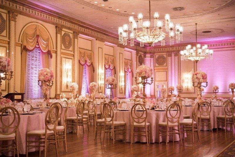hotel-vancouver-wedding-pink-decor