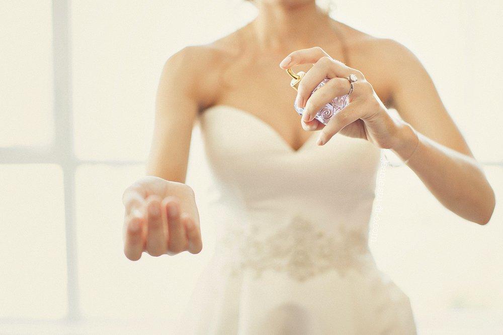 StudioJeanie_VancouverWeddingPhotographer_LindsayAndrew_AliciaKeatsEvents_GrouseMountain_Weddings_0159