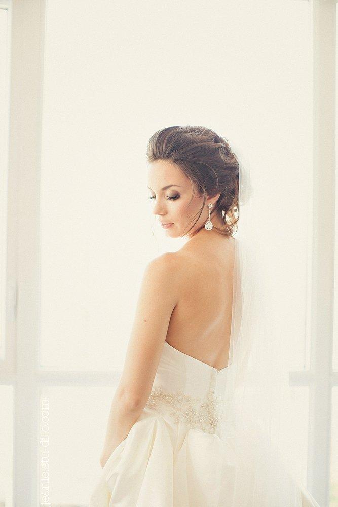 StudioJeanie_VancouverWeddingPhotographer_LindsayAndrew_AliciaKeatsEvents_GrouseMountain_Weddings_0166