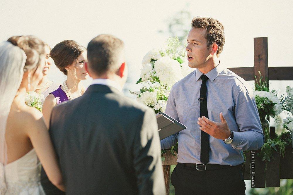 StudioJeanie_VancouverWeddingPhotographer_LindsayAndrew_AliciaKeatsEvents_GrouseMountain_Weddings_0341