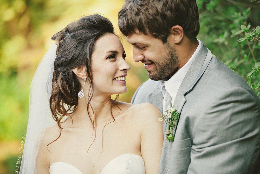 StudioJeanie_VancouverWeddingPhotographer_LindsayAndrew_AliciaKeatsEvents_GrouseMountain_Weddings_0514