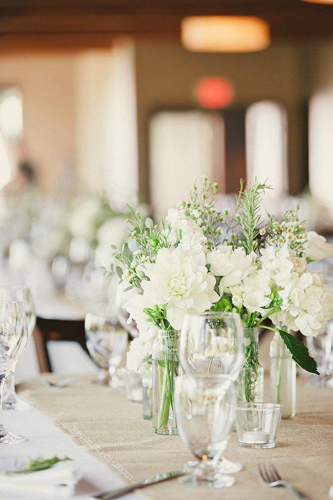 StudioJeanie_VancouverWeddingPhotographer_LindsayAndrew_AliciaKeatsEvents_GrouseMountain_Weddings_0586