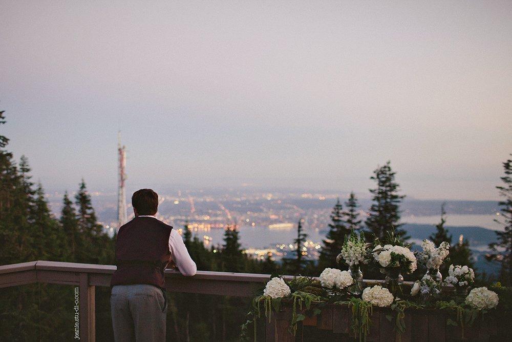 StudioJeanie_VancouverWeddingPhotographer_LindsayAndrew_AliciaKeatsEvents_GrouseMountain_Weddings_0642