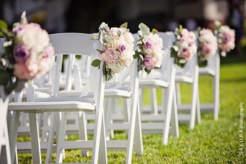 vancouver-outdoor-wedding-chair-decor