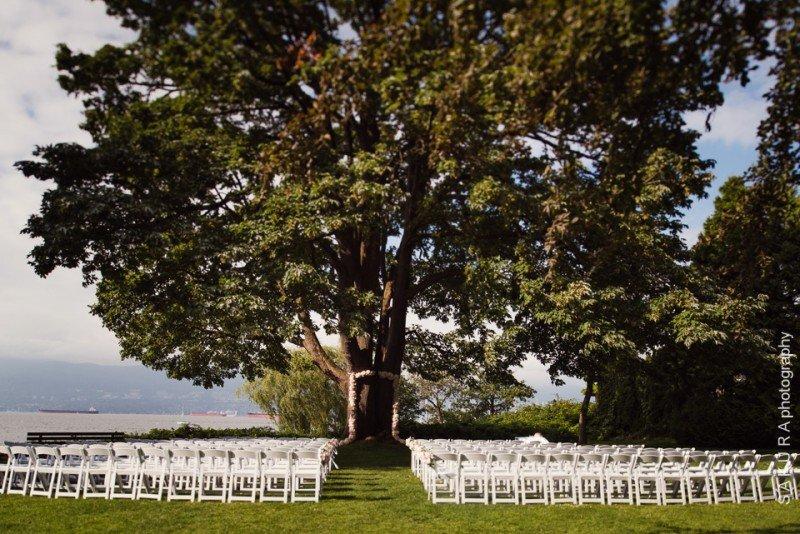 vancouver-wedding-brock-house-outdoor