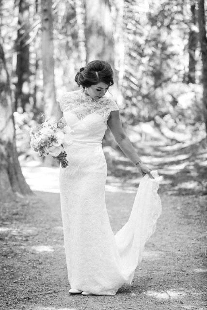 vancouver-wedding-pacific-spirit-park-bride