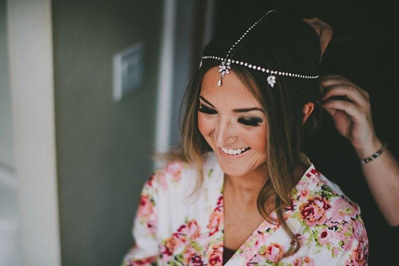 vancouver-wedding-bride-hair-jewel
