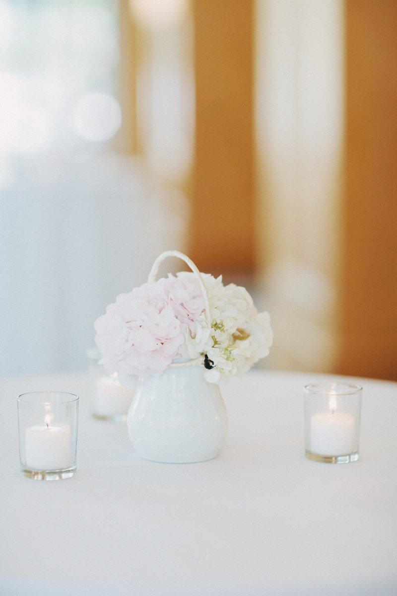wedding cocktail flowers