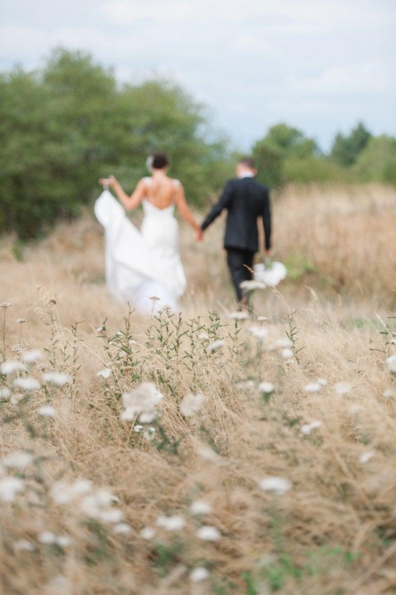 wedding field photography