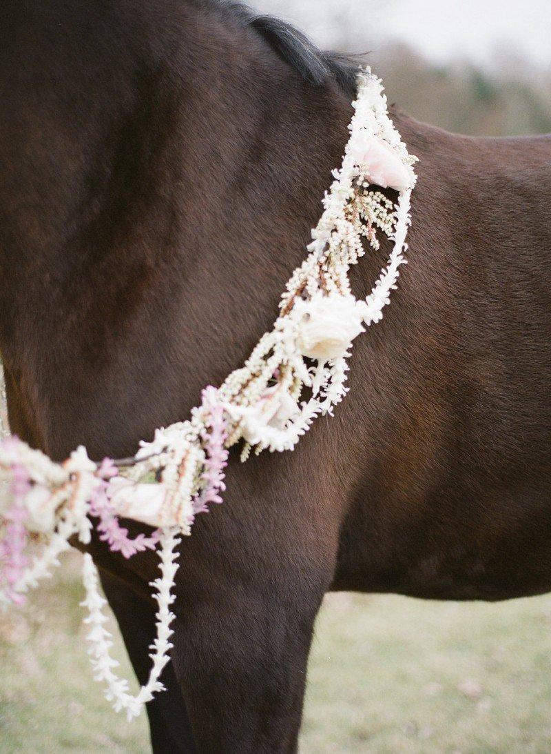 wedding horse rein