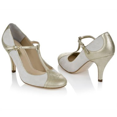 wedding planner vancouver wedding shoes